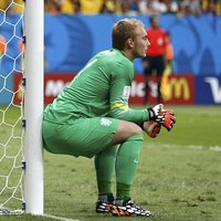 Jasper Cillessen Sits on Things