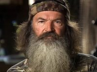 A&E Lifts Phil Robertson's Suspension