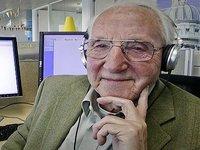 YouTube's Granddad Vlogger Dies At 86
