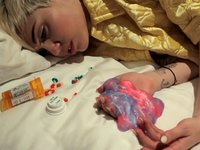 Miley Cyrus Death Hoax Spreads on Facebook