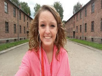 Teen's Auschwitz Selfie Angers the Internet