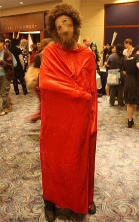 Memebase Presents: Ecce Homo Cosplay