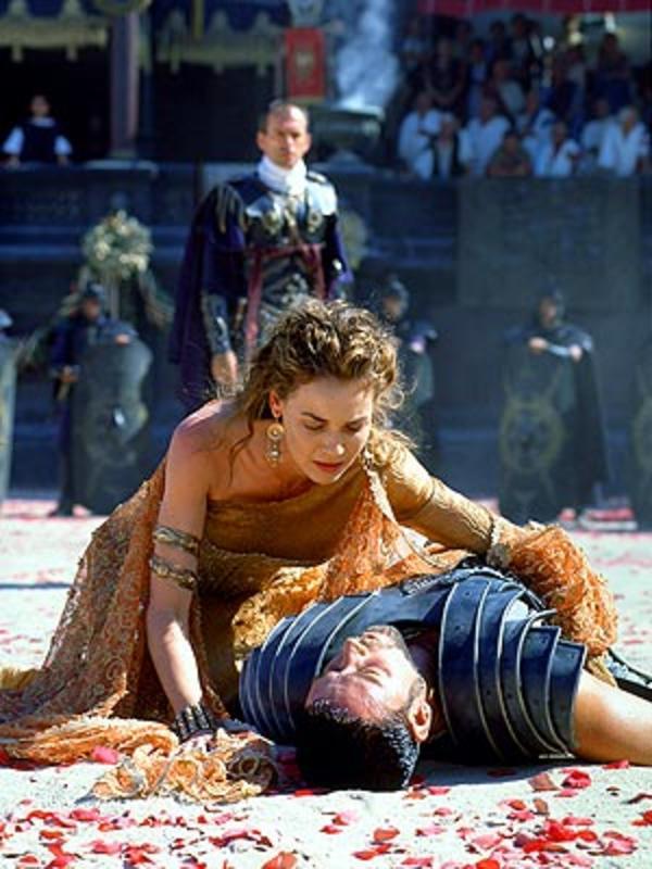 gladiator commodus a tragic hero essay