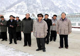 Kim Jong Il Looking At Things