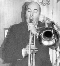 Celebrated_jazz_trombonist_buddy_dwyer