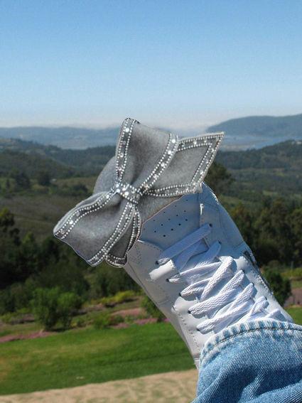 my-right-foot-taps-to-aretha-stylish-rythm-18881-1232803386-14.jpg