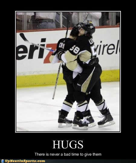 sports-pictures-crosby-letang-hugs-time.jpg