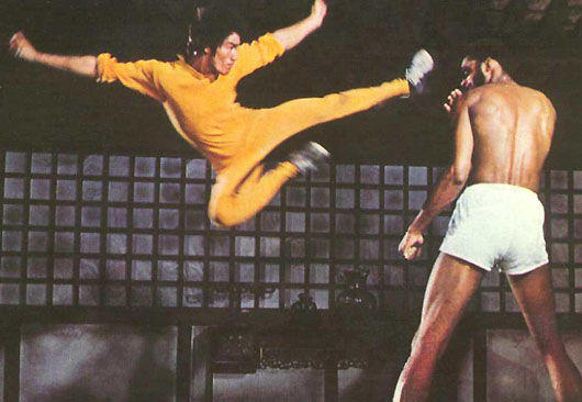bruce-lee-kareem-flying-kick-dragon.jpg