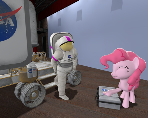 PinkieAstronaut.png