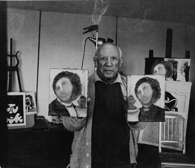 A photo of a happy Picasso after an in-depth course with Cecilia Gimenez