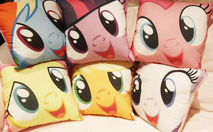 pony pillows!!