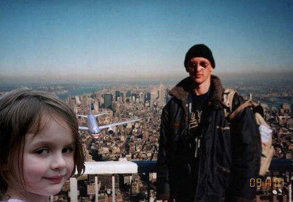 Disaster girl-911 tourist guy crossover
