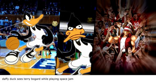 Daffy Duck sees Terry Bogard while playing Space Jam
