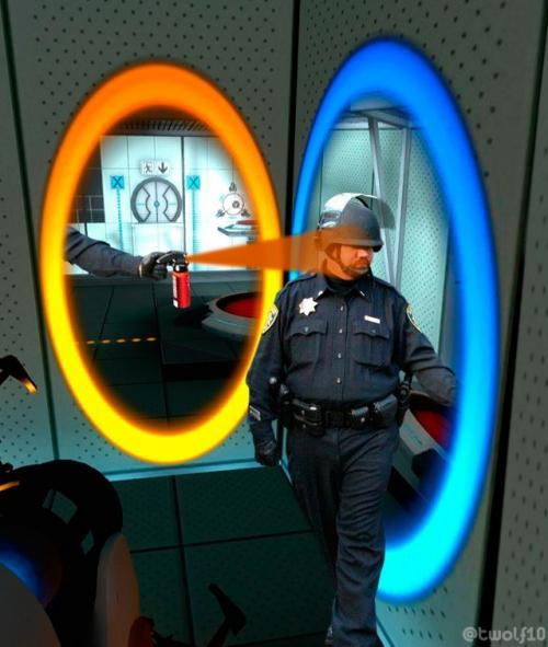 Portal Pepper Spray Cop