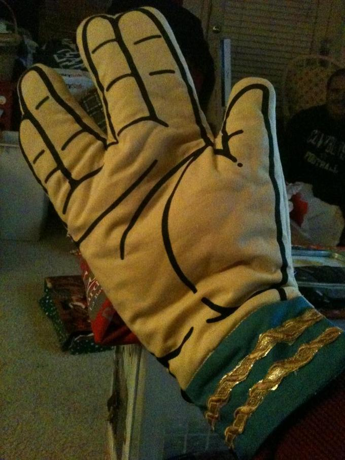 My Christmas present from my brother, best oven mitt I have ever owned.