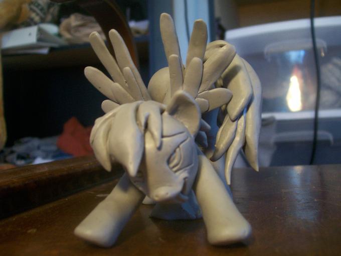 IWCIRD figurine