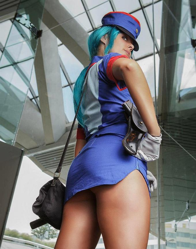 Sexy Officer Jenny Cosplay