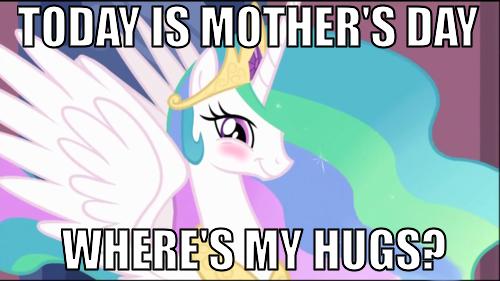 Celestia wants hugs