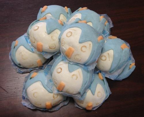 【ネギマガ】本日よりファミマで発売の『初音ミクまん』を12個冷凍状態で大人買い! 編集者「ミクちゃんをペロペロできるおー」