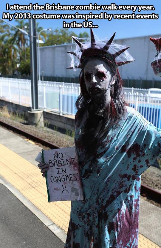 Zombie Statue of Liberty Costume