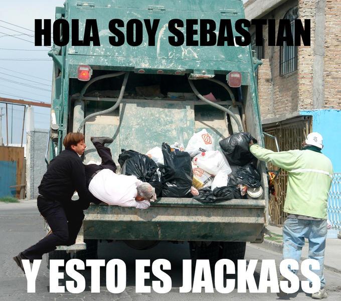 Action Piñi Jackass