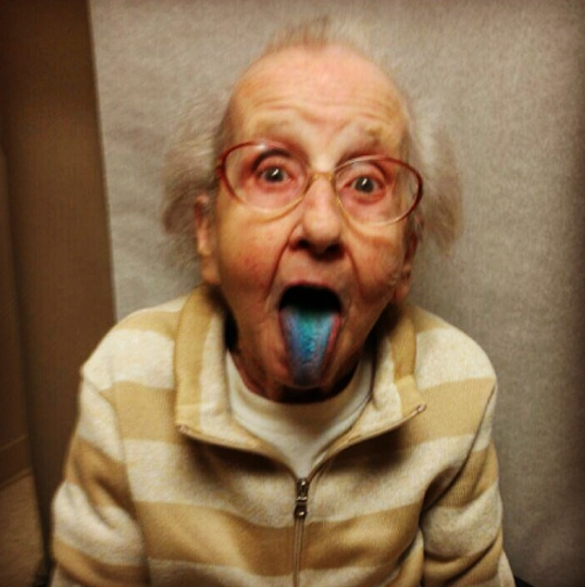 Grandma Blue Tongue
