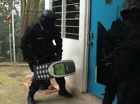 Das Nokia 3310 als Türöffner. War mal witzig!
