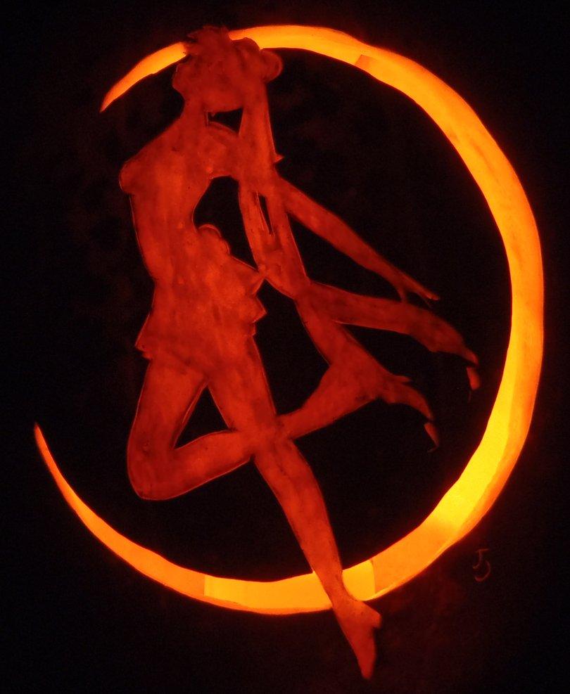 Sailor moon pumpkin carving art know your meme