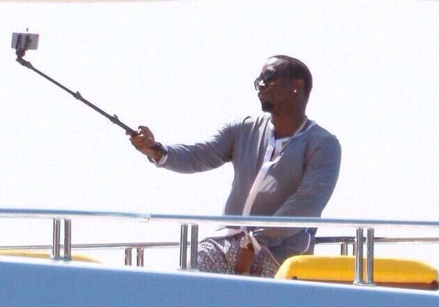 diddy becoming a selfie stickhead selfie stick know your meme. Black Bedroom Furniture Sets. Home Design Ideas